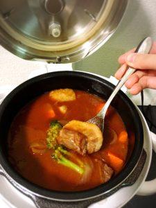 圧力鍋とビーフシチュー