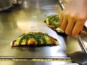 広島のかえるっ亭のお好み焼き