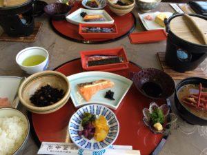 伊勢の潮香苑の朝食