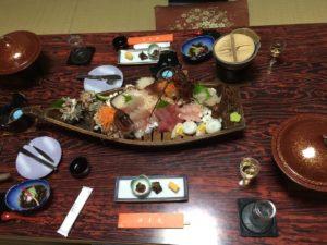 伊勢の潮香苑の夕食と舟盛り