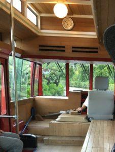 ザ・ブセナテラスのシャトルバスの座席シート