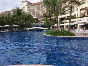 ザ・ブセナテラスの屋外プール