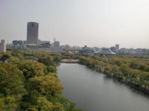 平和記念公園方面から見たリーガロイヤル広島