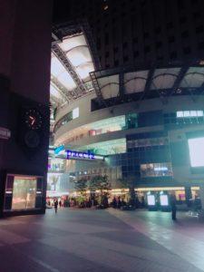 リーガロイヤル広島と商業施設パセーラ1