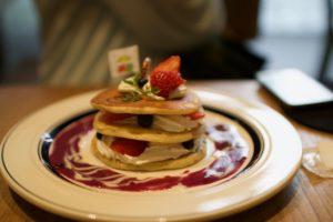 かえるのピクルス2018年コラボカフェ大阪のブルーベリーパンケーキ