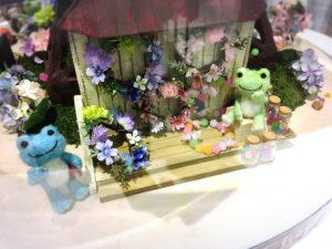 かえるのピクルス大阪イベント2019のルクアイーレ店内2