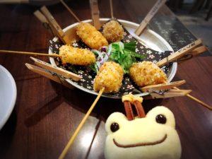 天満のちょうちん通りで食べた串カツ