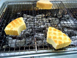 焼き目がこんがり付いたおいしそうなバームクーヘン