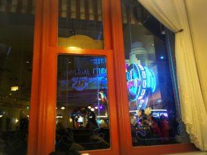 ビバリーヒルズブランジェリーから見た夜のパレード