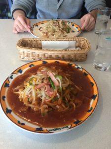 名古屋のカフェレストラン・ドンキホーテのミラカンあんかけスパとクリーム系のパスタ