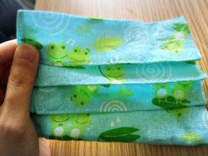 布マスクのハンドメイド・布を縫う途中