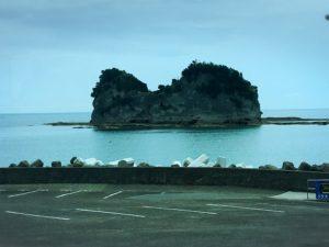 さいかやから見た円月島