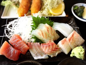 海鮮定食のお刺身