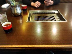天六の焼肉李苑のテーブル