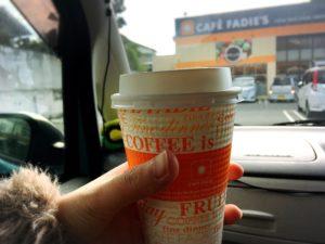 徳山のカフェ・ファディのテイクアウトコーヒー