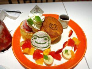 かえるのピクルス大阪イベント2021年のコラボカフェのパンケーキ